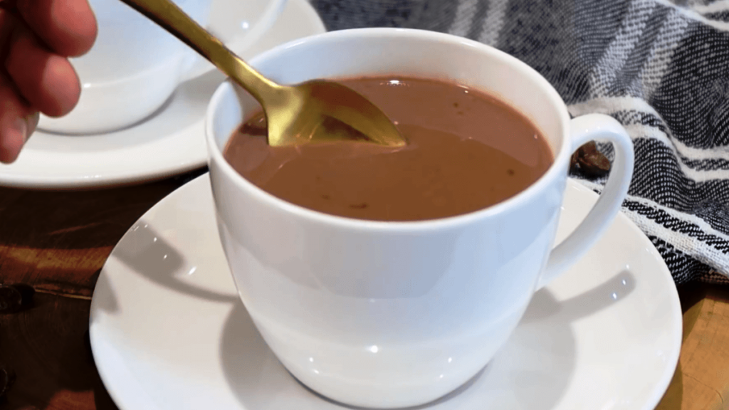 Chocolate Quente para Uma Pessoa: Se Aqueça Nesse Inverno