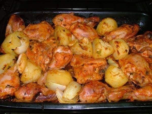 Você Não Imagina Como É Preparado Esse Frango no Forno #batatas #maionsese